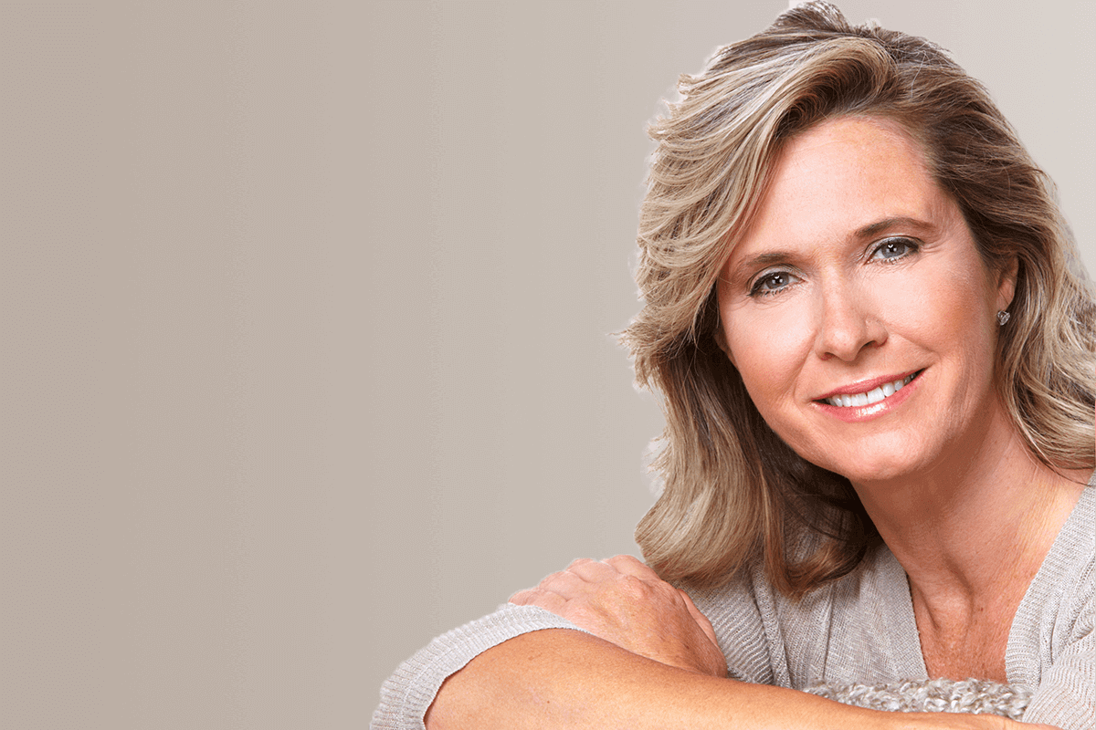 femme implant dentaire